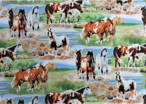VARIOUS SCENES OF HORSES IN THE PASTURE FABRIC - Q1885-9124-721