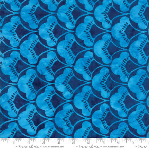 NAVY WITH LIGHT BLUE 'LAGOON' SCALLOPED FAN PRINT BATIK FABRIC - 27258-53