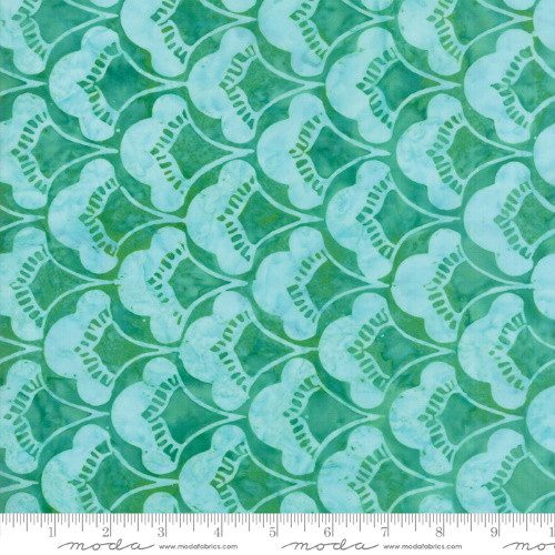 PALM GREEN WITH LIGHT GREEN 'PALM' SCALLOPED FAN PRINT BATIK FABRIC - 27258-50