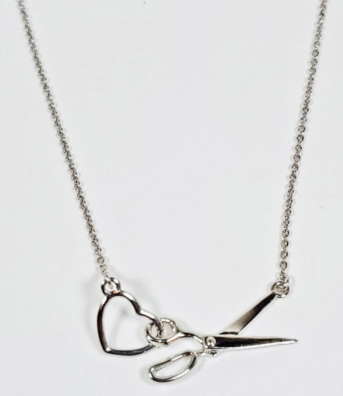 SCISSOR AND HEART CHARM NECKLACE