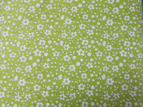 WHITE FLORAL DESIGN ON GREEN - 8260-05