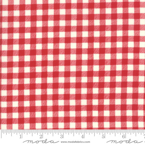 RED AND WHITE CHECKED FABRIC - 21778-11