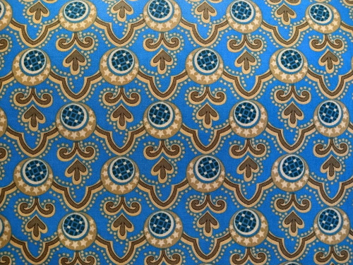BLUE AND GOLD GEOMETRIC DESIGN FABRIC - ZD-75969-001