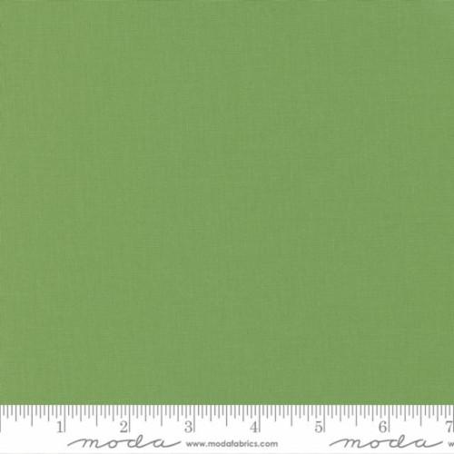 SOLID GRASS GREEN FABRIC - Bella 9900-101