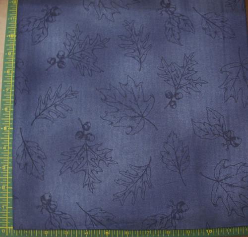 NAVY BLUE OAK LEAF OUTLINE ON BLUE