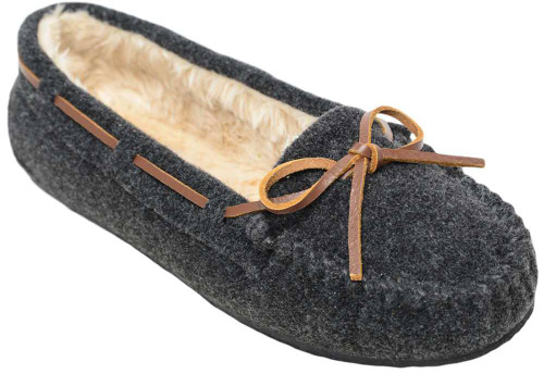 Minnetonka Calley Slipper Womens Category: Slippers Color: Charcoal ItemNumber: W4408