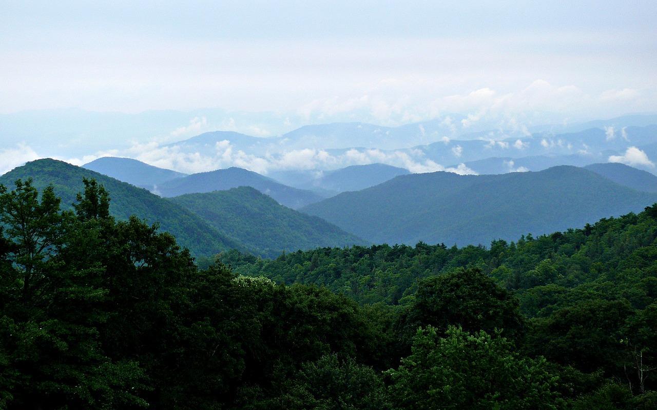 blue-ridge-2809942-1280.jpg