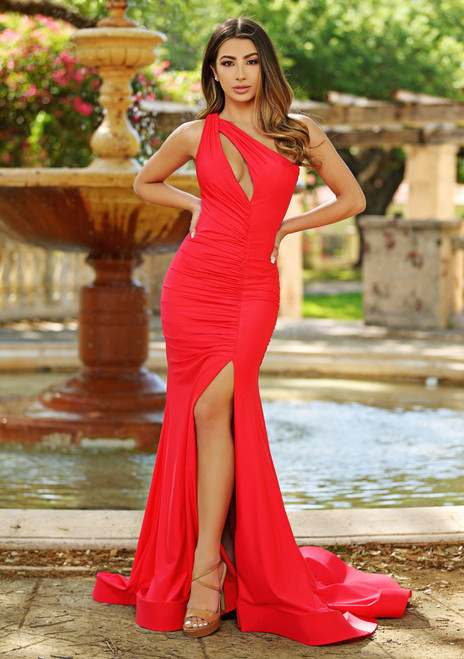 Babette One Shoulder Gown Red. Lady Black Tie.
