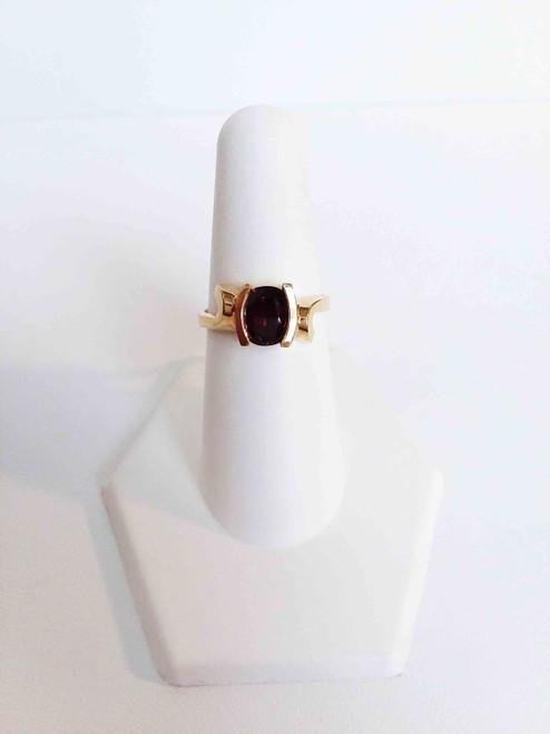 14K Yellow Gold Oval Garnet Ring
