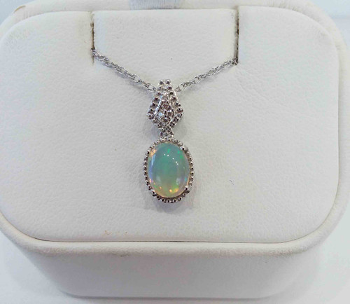 "10K White Gold Oval Opal Pendant 0.03 DTW 18"" Chain"