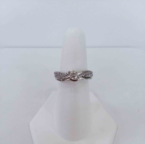10K White Gold 0.50 DTW Rd Diamond Twist Band w/matching plain concave band