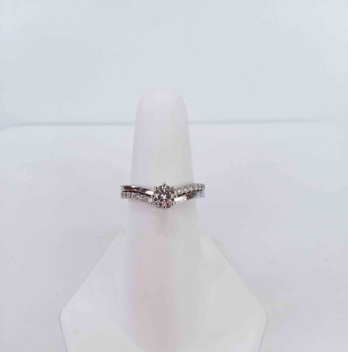 14K White Gold Bridal set with 0.31 DTW and 0.40 Center Diamond G=H in Color and SI2 in Clarity
