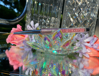 Pink Crystalline Core 15mm Liner Brush