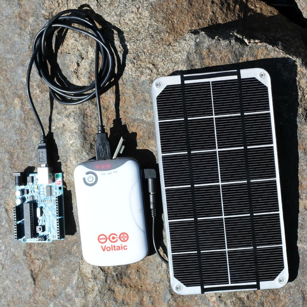 small solar panel charging battery pack and arduino