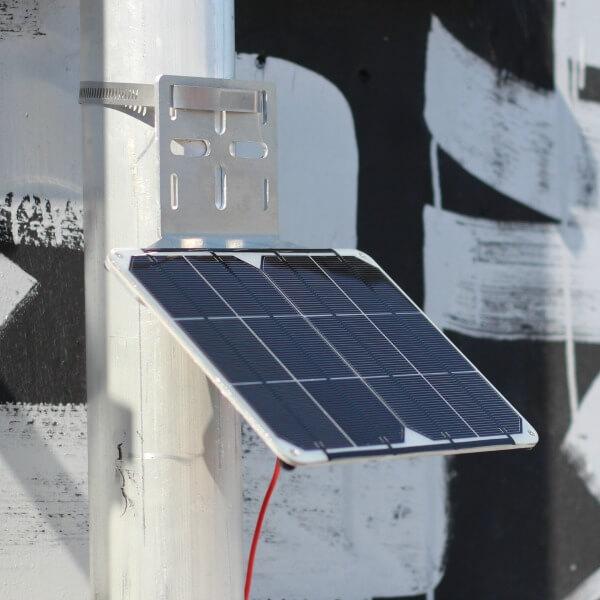 solar panel on pipe