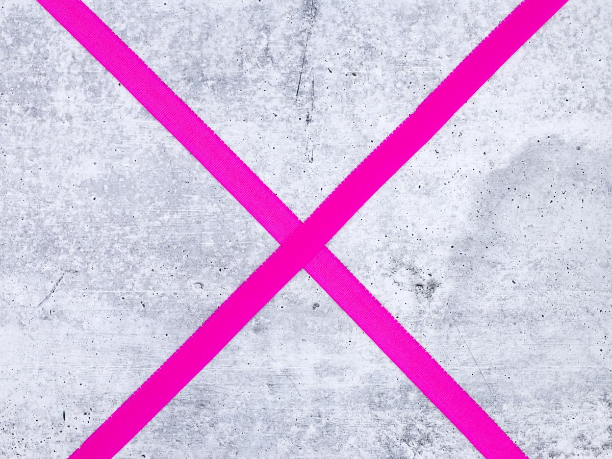 "3/4"" Sizzling Pink Plush Back Finishing Elastic Picot Edge Latex Free"