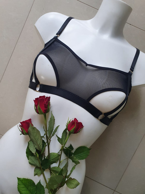 Lou Watson Eris Peephole Bra Pattern PDF Download