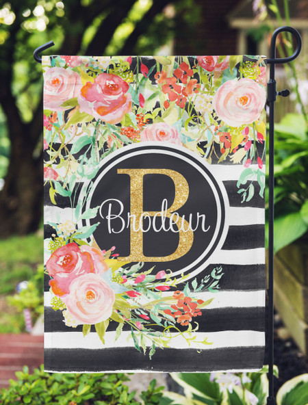 Personalized Garden Flag with Floral Bouquet