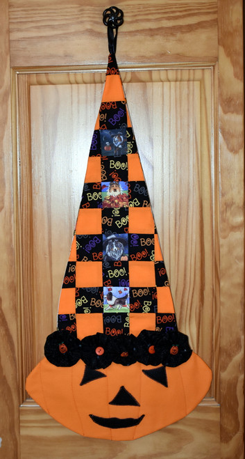 """Quilted/Handmade Halloween wall hanging        """"Autumn and Halloween Shetland Sheepdog pictures """"      By Dawn Johnson"""