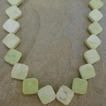 Chrysoprase Lemon Diamond 9 x 9 mm 16 in Bead Strand