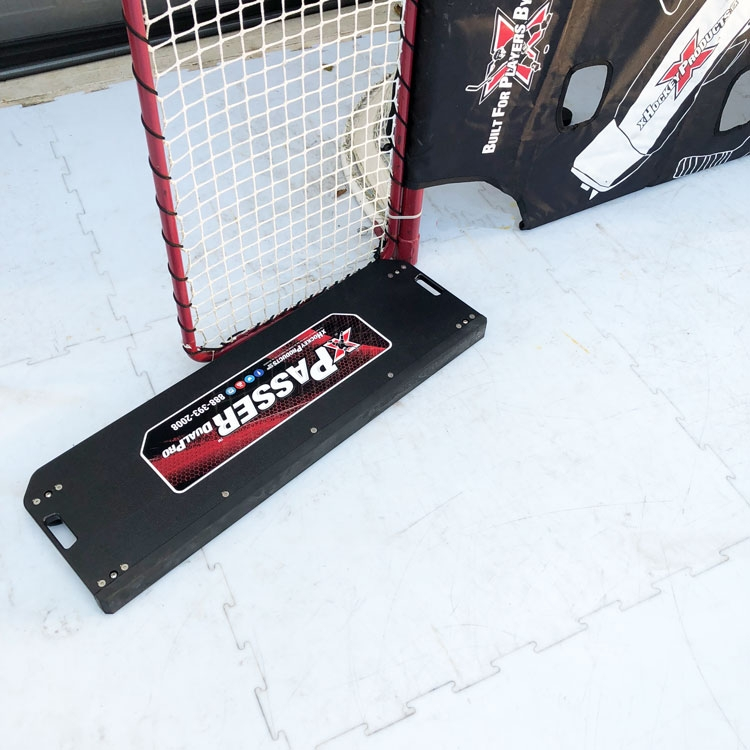 xPasser™ Dual Pro Passing Rebounder has been re-engineered to incorporate a solid passing surface. Now you have every type of passing, along with a rebounding system built into one ultra-portable device!