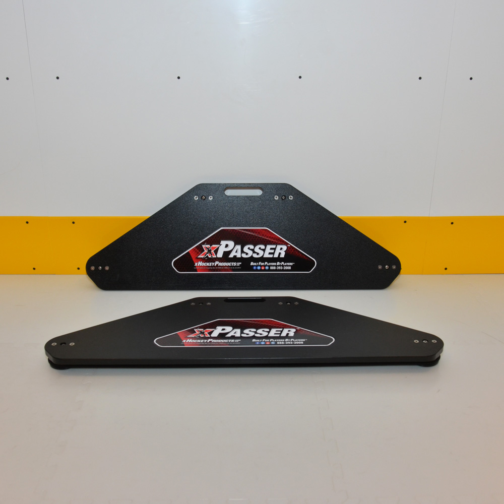 The xPasser Passing Rebounder returns a hockey pass at virtually the same speed as that which it received a pass.