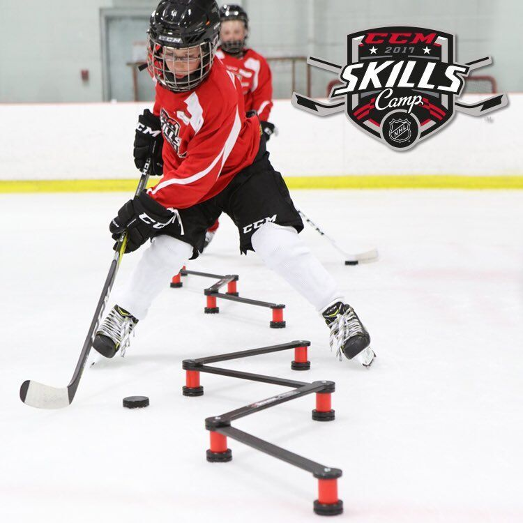 USA Hockey xDeviator™ Mini: The original configurable, portable stickhandling tool with seven openings to attack. Ideal for developing and fine-tuning stickhandling patterns in tight spaces.