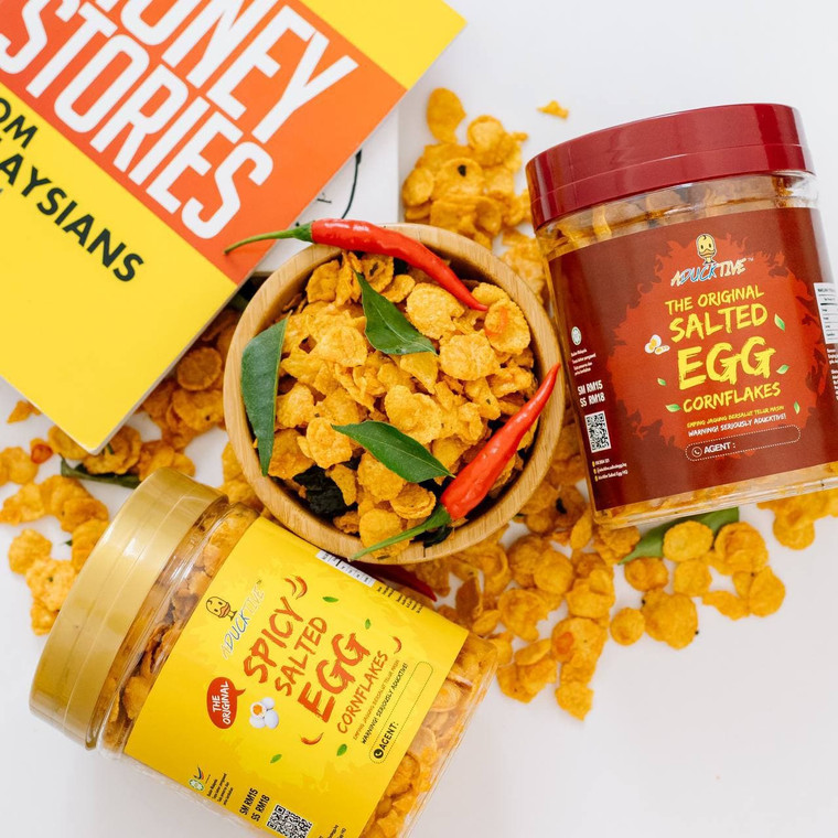 Aducktive Salted Egg Cornflakes, original and spicy flavour