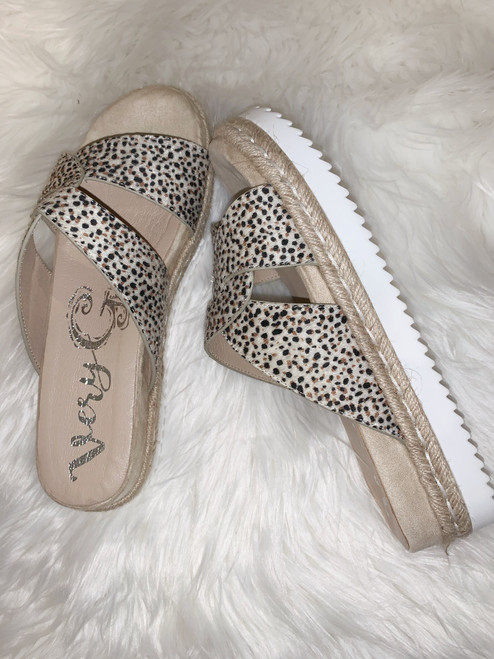 Elvina Sand Sandal By Very G