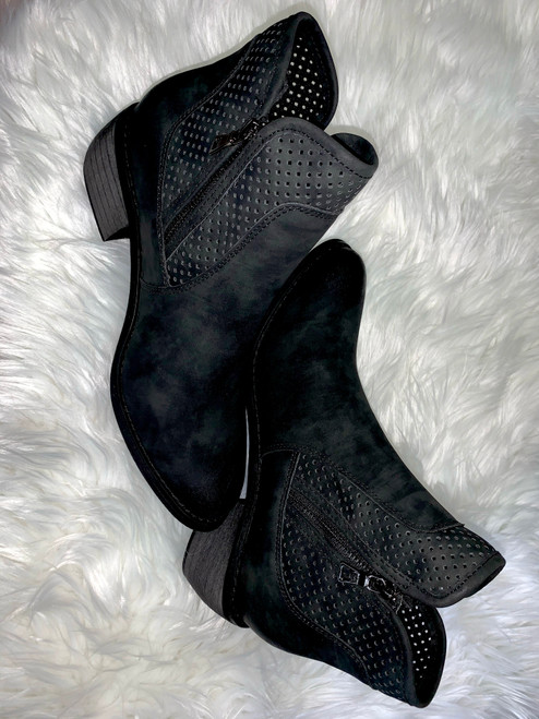 Rimi Black Booties