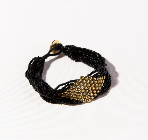 Black With Gold Diamond Seed Bead Bracelet by Ink + Alloy