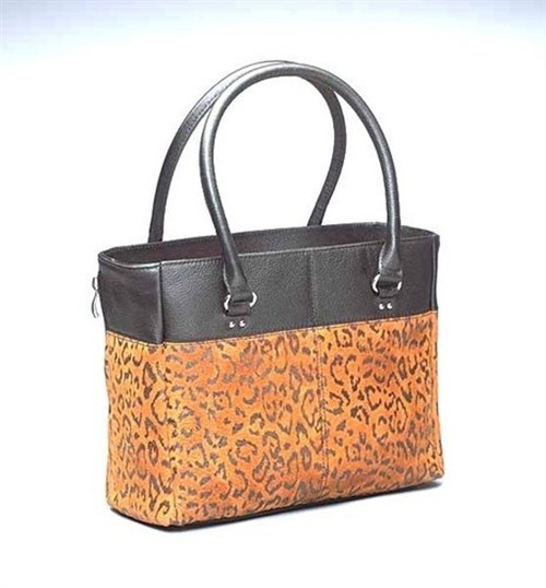 Gun Tote'n Mamas Leopard Chic  Gun Holster Tote