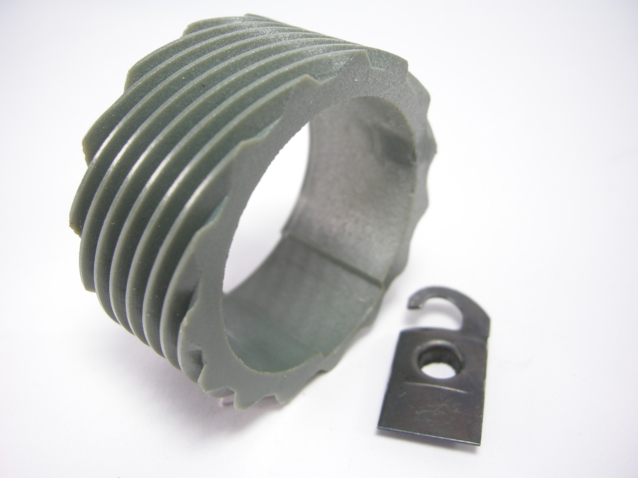 15 tooth drive gear with drive gear clip Th400 Turbo 400