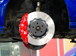 Vagbremtechnic Front Brake Kit - 6 Piston AP Racing Caliper - 390x34mm 2-pc Discs - Ferodo DS2500