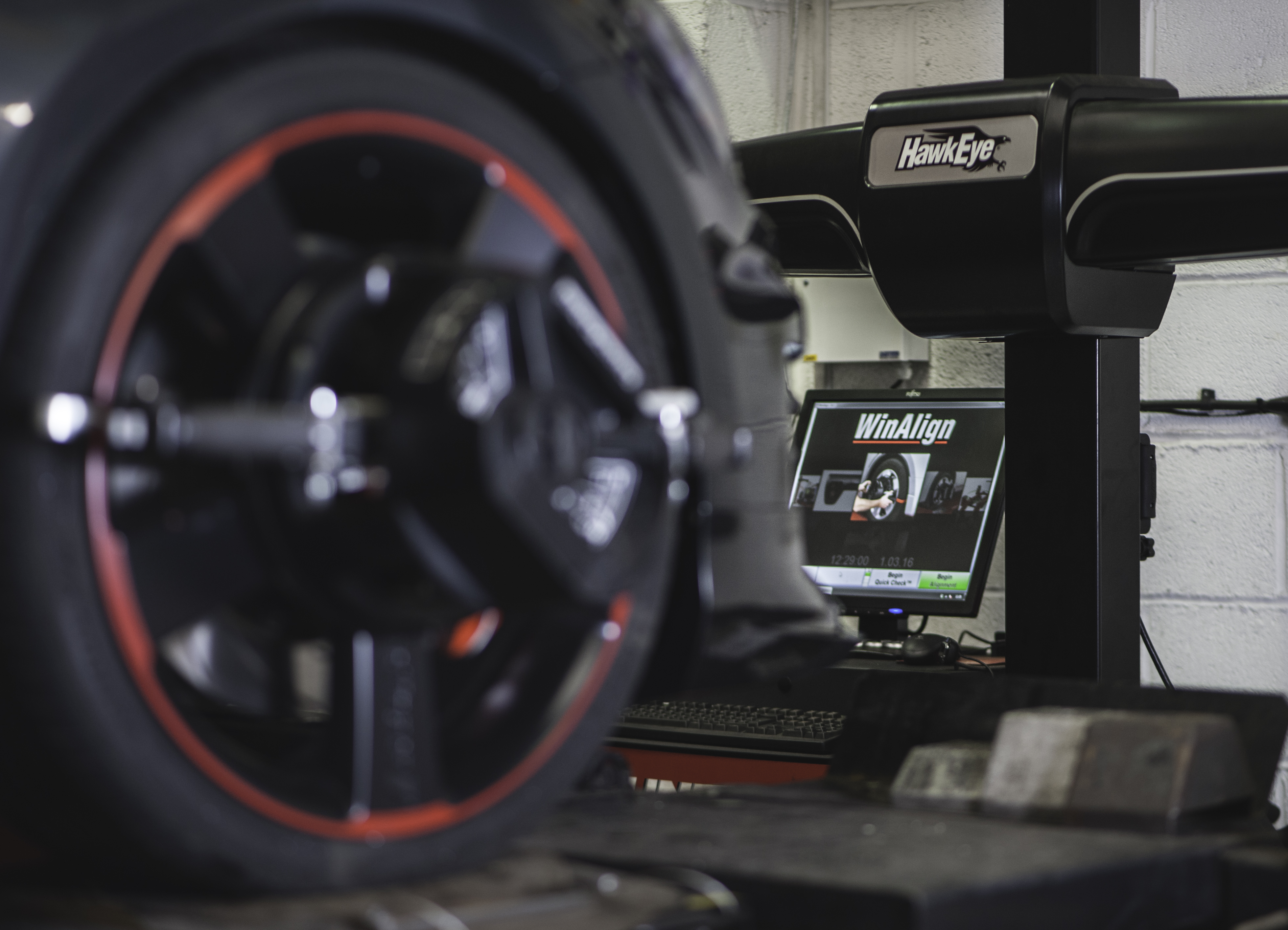 Hunter 4 Wheel Alignment and Tracking | Awesome GTI