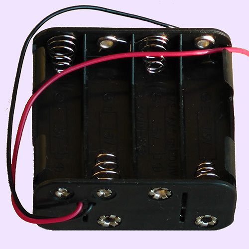 4 x 3.7 volt Batteries Holder