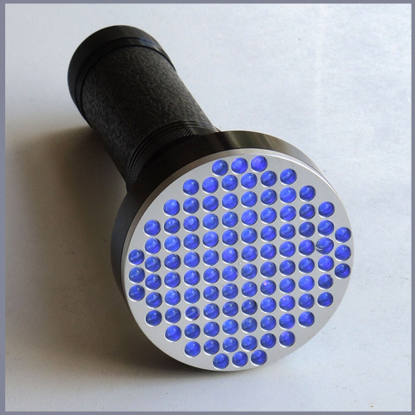 100 LED UV Torch