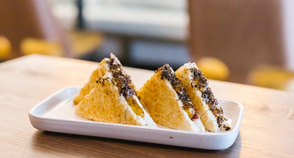 Truffle sandwich with Iberian ham recipe- Le Gourmet Central