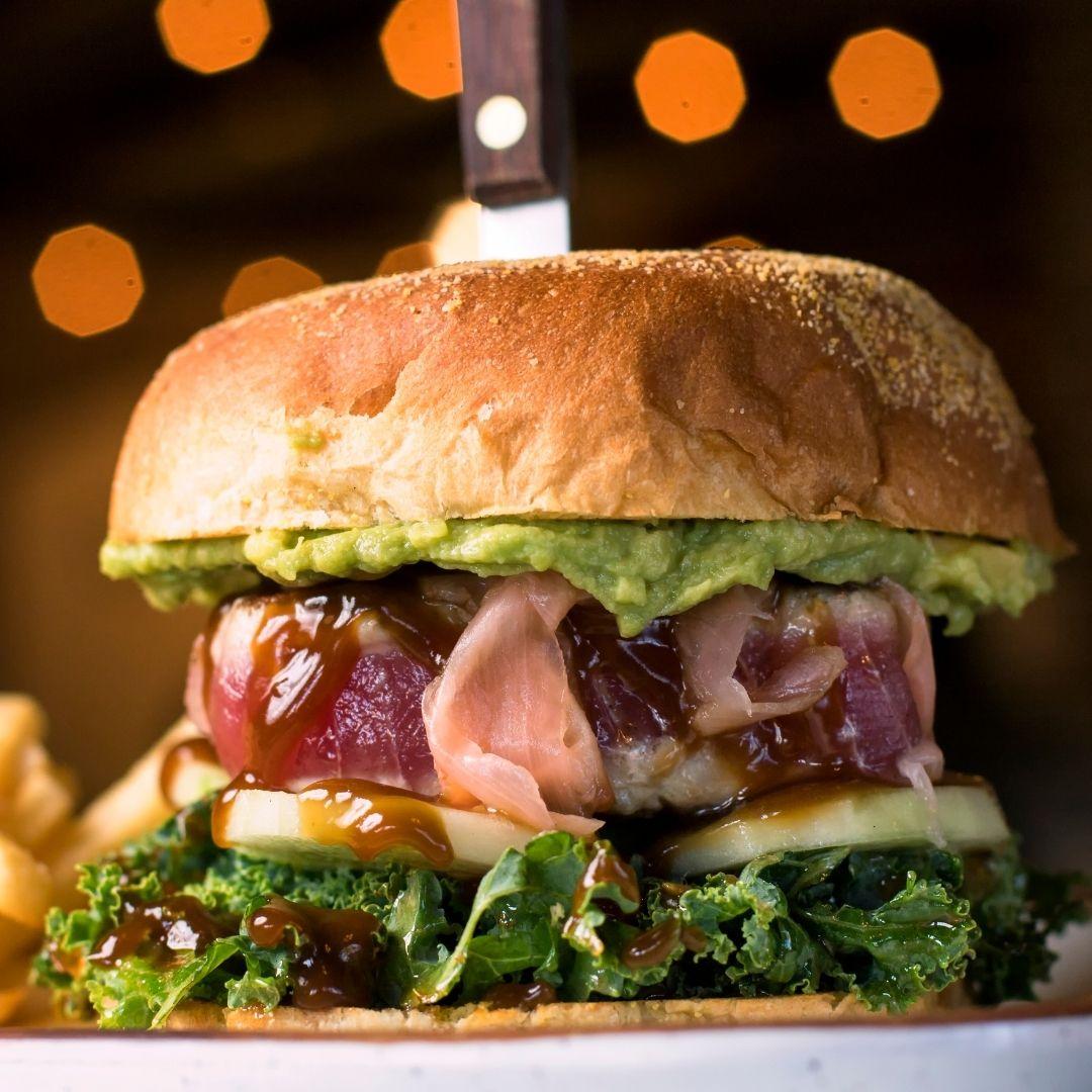 Tuna burgers with sweet potato and red pesto recipe