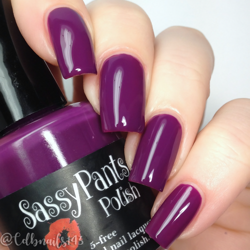 Kiss & Tell  Swatch by CDB Nails