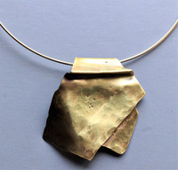London Hammered Copper Pendant Choker
