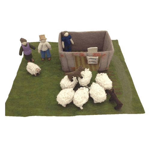 Mini-Baabaa the full set consists of a play mat with shearing shed, Farmer Fred and his wife Rosie, 6 sheep with removable coats, 2 dogs, the shearer, a wool bale bag and of course Mini-Baabaa herself. The hardcover book by Renske Carbone is included.