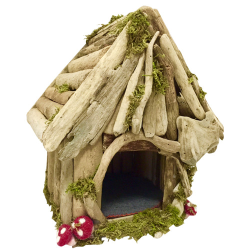 Our Woodland products are made from driftwood and decorated with dried natural moss and some little felt mushrooms.