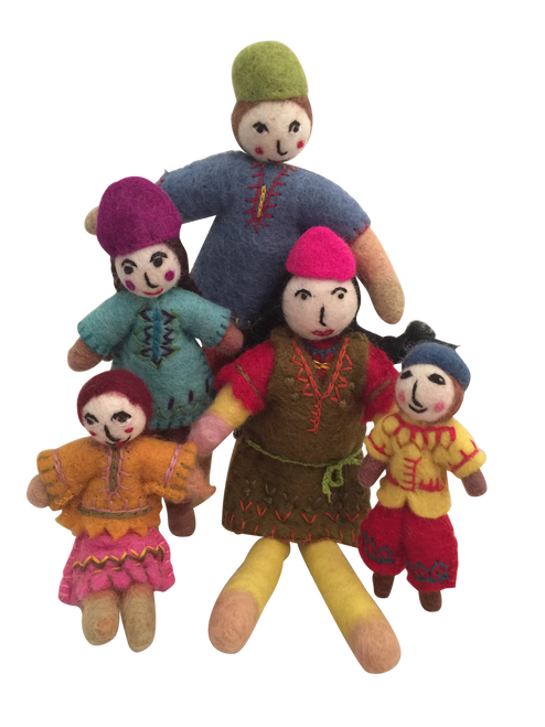 A lovely family of 5, small dolls with bendable bodies.