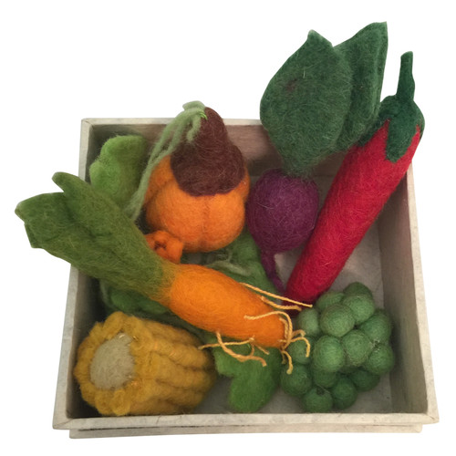 A mini starter set of our Papoose vegetables. Packed in a hand made box.
