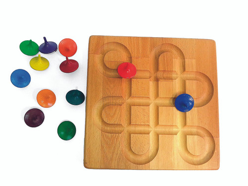 Board is 25x25x2cm and comes with 12 spinning tops. Board can be used on both sides, but not at once....