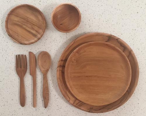 Our beautiful 7 piece teak plate setting