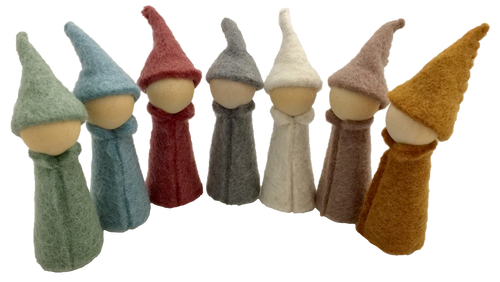 Earth Gnomes/7pc 11cm H x 4cmD