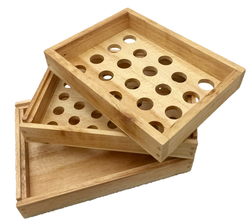 3 Trays that slot onto each other, the top has bigger openings then the middle tray to enable by shaking the trays to sort different sized objects. The trays can be used upside down as well.