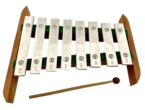 This xylophone is 28x26cm, the sound is beautiful.